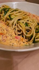 Pasta Zoodle Mix mit Tomaten Frischkäse Sauce